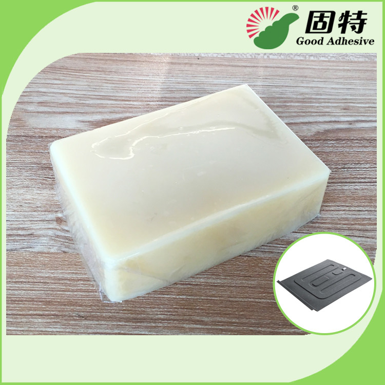 Hot Melt Adhesive For Carpet Assembly And Sound Insulating Pad Bonding With Light Granule Solid